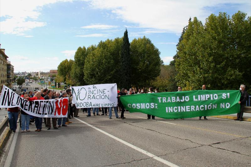 20121111_concentracion_joroba_01g